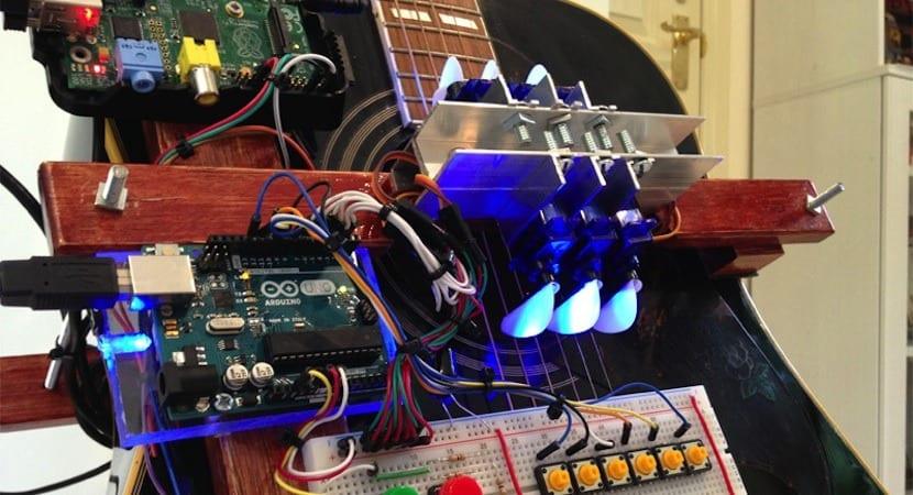 guitarra robótica