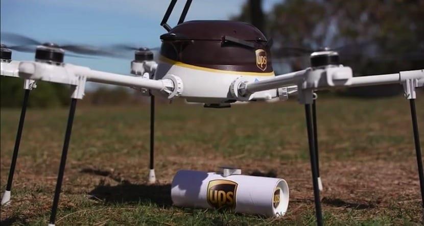 dron UPS