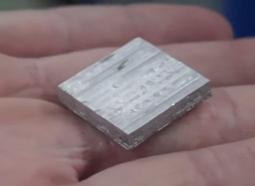 objeto-impreso-metal