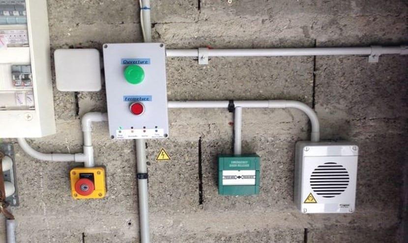 Cerradura con sensor de huellas y Arduino Mini