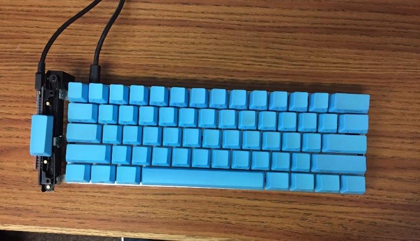 Viejo teclado con Scroll