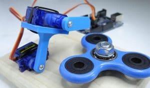 Fidget Robot