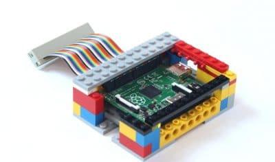Carcasa para Raspberry Pi hecha con piezas de lego