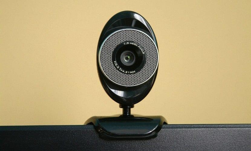 imagen de una webcam antigua