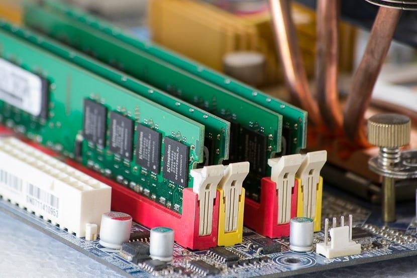 Slots para RAM de una placa base