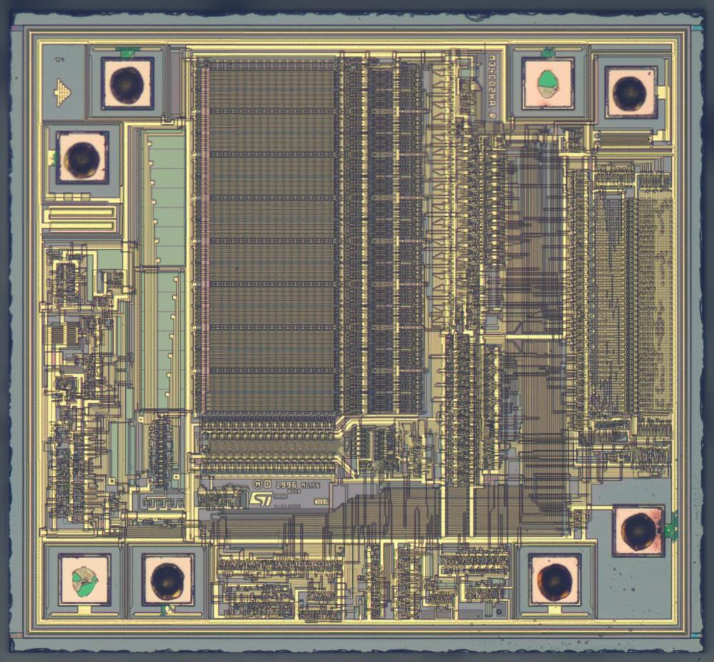 STMicroelectronics EEPROM